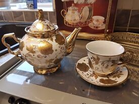 Tea set with storage basket