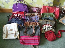 Ladies Handbag Selection: Totes-Handbags-Clutch