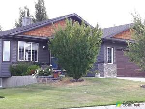 $504,900 - Bungalow for sale in Turner Valley