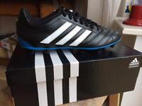Brand New Adidas Goletto V FG football boots (size 9)