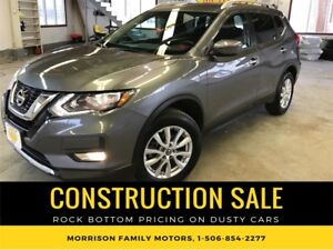 2017 Nissan Rogue SV AWD, 33km! NO Doc and Admin Fees!