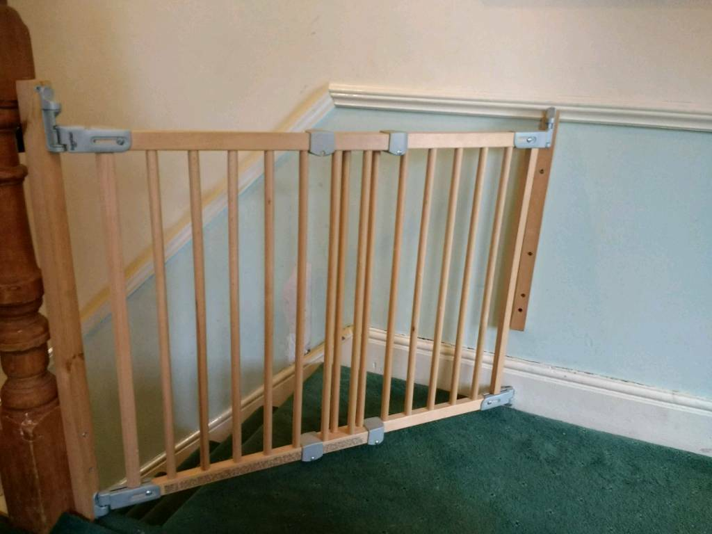 Babydan Flexi Fit Wooden Stair Gate In Fishponds Bristol Gumtree