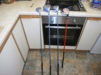 golf clubs dunlop wood set no.s 1/5/3/16/ iron x 5 one putter £30.00 the job lot