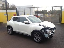 2017 17 NISSAN JUKE TEKNA 1.2 DIG-TURBO PEARL WHITE DAMAGED SALVAGE REPAIRABLE