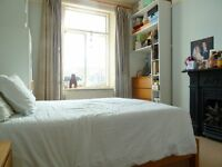 Beautiful Period First Floor 1 Bed Unfurnished Flat With Great Period Features In Earlsfield SW18