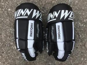 Winnwell AAD 1340 Hockey Gloves Size 13