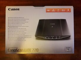 CANON CANOSCAN SCANNER - ALMOST NEW