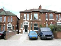 Spacious Split Level 2 Double Bedroom House Located Close To Kilburn. Available Immediately.