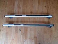Thule roof bars 869 with foot packs 757