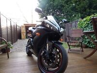 Yamaha R1 2006 in perfect condition.
