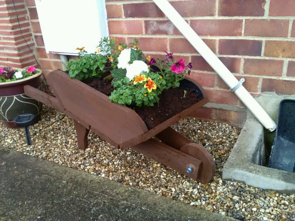 Garden planter   in Norwich, Norfolk   Gumtree on vermont garden, newcastle garden, amsterdam garden, paris garden,