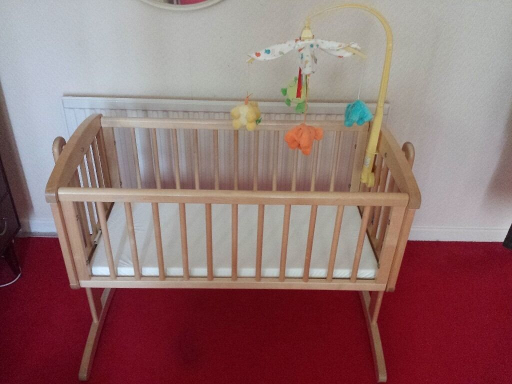 Crib for sale sheffield - Baby Swinging Crib For Sale