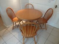 Kitchen Breakfast Table & 4 Chairs
