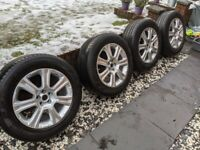 P235/60 R18 Pirelli Scorpion Verde all season tyres, full set with Land Rover Evoque alloys
