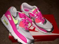 Nike Max Air Ladies Trainers New (used once) Size 5