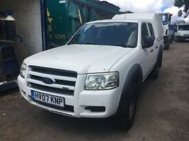 FORD RANGER 4WD 2.5 CREW CAB, TRUCKMAN TOP, SET NEW TYRES LOCAL COUNCIL NEEDS ENGINE REPAIR !!!