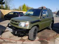 Mitsubishi shogun pinin on road off roader