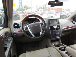 2012 Chrysler Town & Country Limited   NAV   CAM   LEATHER   ROO London Ontario image 11