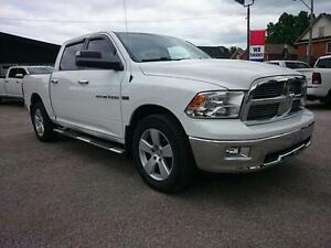 2012 Ram 1500 SLT Crew Cab 4WD Cambridge Kitchener Area image 1