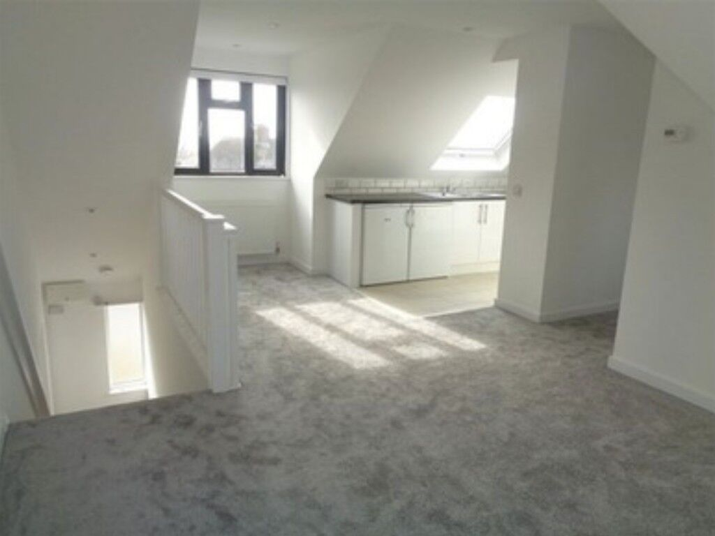 New-built & Bright Single Room Available-ALL BILLS INCLUDED!