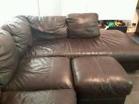 Corner sofa in fair c