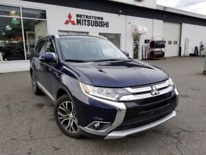 2016 Mitsubishi Outlander SE Touring; Local & No accidents!