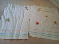 Used curtains for baby bedroom, mint condition free to pick up.