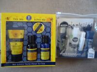 Neal's Yard Bee Lovely From Head to To Toe Gift Set