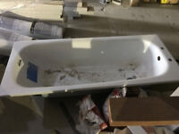 BRAND NEW ROCA BATHTUB FOR SALE X 2