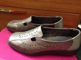 Hotter Ladies Shoes £3 only.