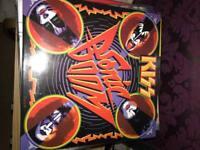 Kiss sonic boom vinyl.