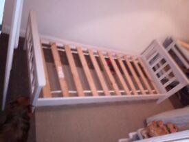 Single Shaker Bed Frame - Wooden - White -Mothercare