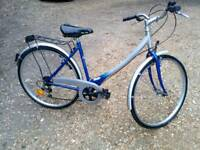 Ladies Hybrid City Touring bike 🚲