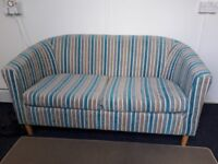 2 seater settee ideal for summer house lovely condition