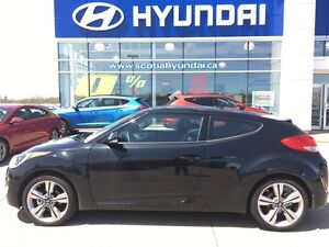 2016 Hyundai Veloster Tech w/Yellow Colour Pack