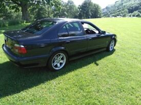 530d SE, Saloon, Reliable & rare 5 speed manual.
