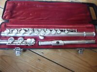 Flute for sale - Yamaha YFL-211S - Great condition silver-plated student flute