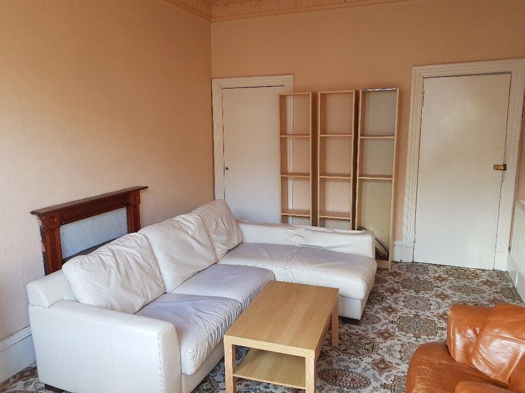 Flat for Rent - 2 Bedroom - Lawrence Street - Off Byres ...