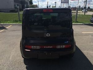 2009 Nissan cube 4 Cyl Great on Gas, Runs Great Very Clean !!! London Ontario image 4