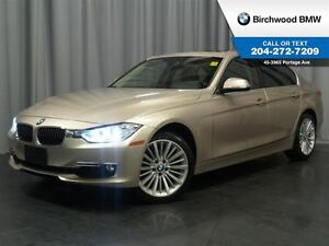 2013 BMW 3 Series 328i xDrive Navigation!  Premium Package!