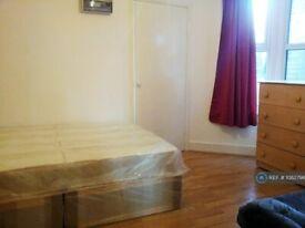 1 bedroom flat in Wightman Road, Turnpike Lane, N8 (1 bed) (#1082796)