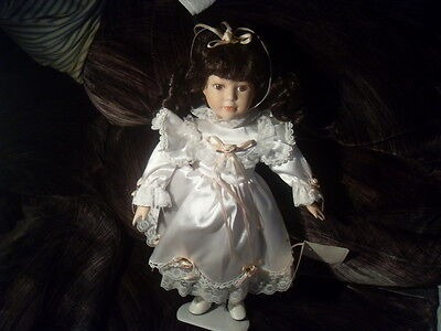 """""""Treasure Lace"""" 16"""" Tall Porcelain Doll w/Stand-Excellent Condition #0234"""