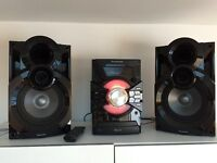 Panasonic SC-AKX38 hi-fi with bluetooth, CD, Radio and more!