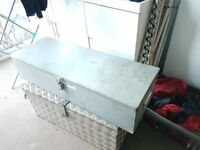 Site, Van or gun case 94x21x33mm with hasp, foam lined & carry handles