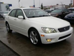 2001 Lexus IS 300 3.0L I-6 CYL|SUEDE SEATS|SUNROOF|ONLY 96,000KM