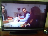 32 inch Samsung tv with built in freeview