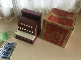 Vintage 1950's Merit Child's Till/Cash Register with genuine 'Toytown' Money