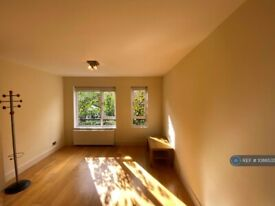 1 bedroom flat in Nightingale House, London, SW9 (1 bed) (#1086535)