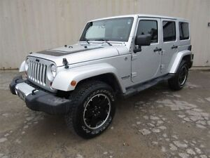 2012 Jeep WRANGLER UNLIMITED Sahara 4dr 4x4