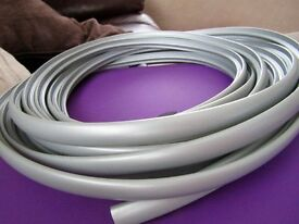 10 metres of silver 12mm table t trim